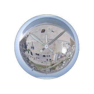 Horloge minuscule atlantique de planète de la