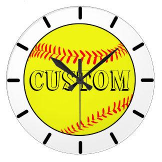 Horloge murale blanche customisée du base-ball