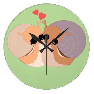 Horloge murale - dans l'amour +
