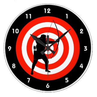 Horloge murale de conception de tir à l'arc