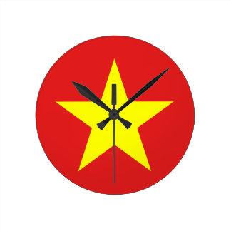 Horloge murale de drapeau du Vietnam