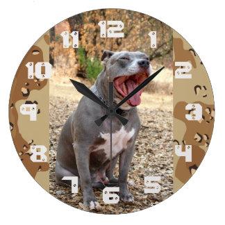 Horloge murale de sergent instructeur de Pitbull