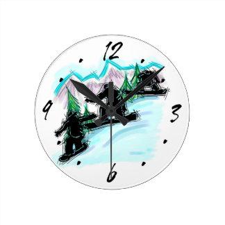 Horloge murale décorative de montagne de surfeur