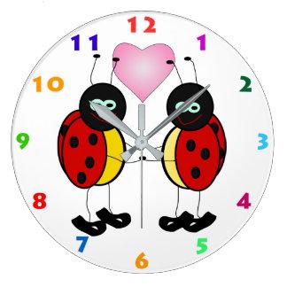 Horloge murale d'enfants de COCCINELLES et de