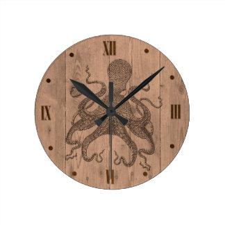 Horloge murale en bois de regard de poulpe