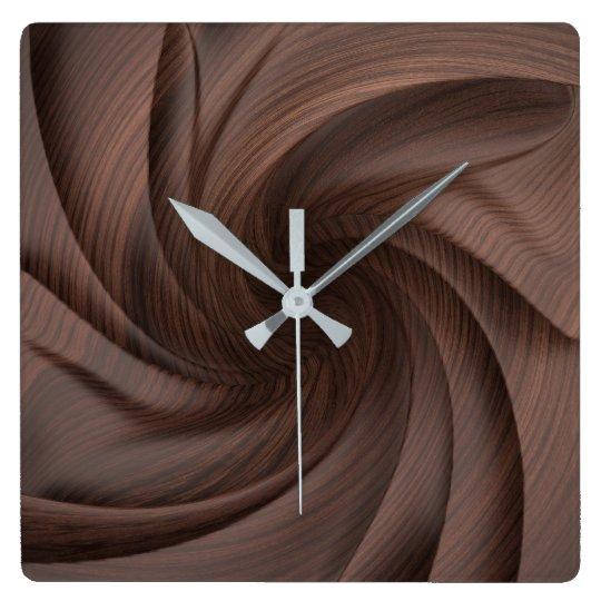 Horloge murale en bois foncée de conception