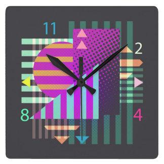 Horloge murale géométrique colorée moderne