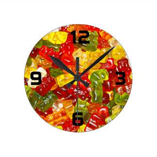 Horloge murale gommeuse de sucrerie d'ours