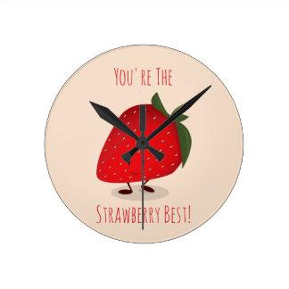 Horloge murale heureuse du caractère | de fraise