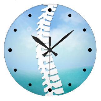 Horloge murale latérale de logo d'épine de