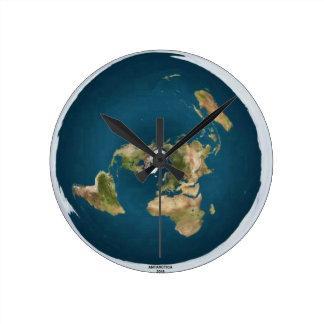 Horloge murale plate de milieu de la terre