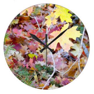 Horloge murale sauvage d'érables du Nouveau