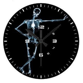 horloge murale squelettique de rayon X