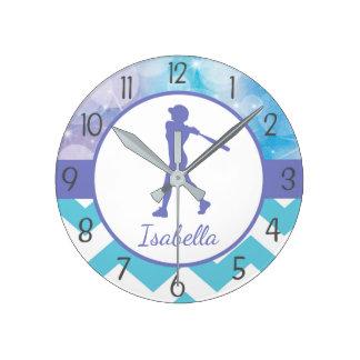 Horloge murale turquoise pourpre du base-ball