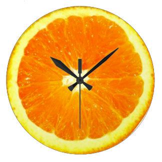 Horloge orange de fruit