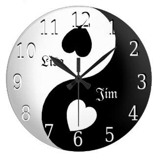 Horloge personnalisée d'amour de Yin Yang