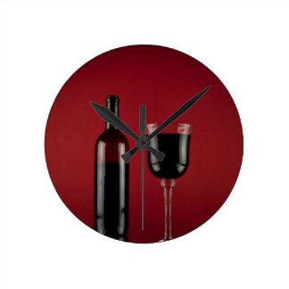 Horloge Ronde Bouteille en verre de vin rouge