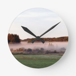 Horloge Ronde Brouillard d'île de matin