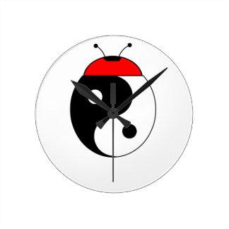 Horloge Ronde coccinelle harmonia