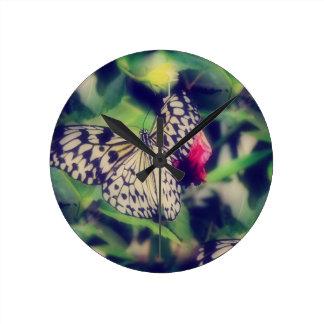 Horloge Ronde Collage de papillon