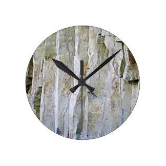 Horloge Ronde Colonne blanche étroite de roche