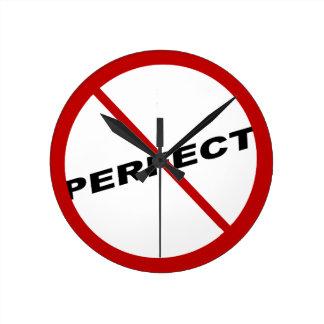 Horloge Ronde Conception exclusive non parfaite, humour