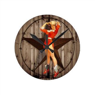 Horloge Ronde Cow-girl solitaire en bois de pays occidental