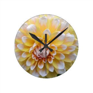 Horloge Ronde Dahlia jaune et blanc