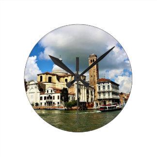 Horloge Ronde Église de Venise pendant la journée