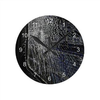 Horloge Ronde fenêtre cassée de train