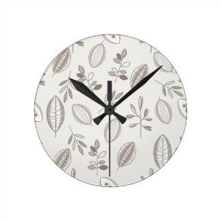 Horloge Ronde Feuille sans couture tirée par la main