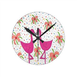 Horloge Ronde Fiesta florale de flamant