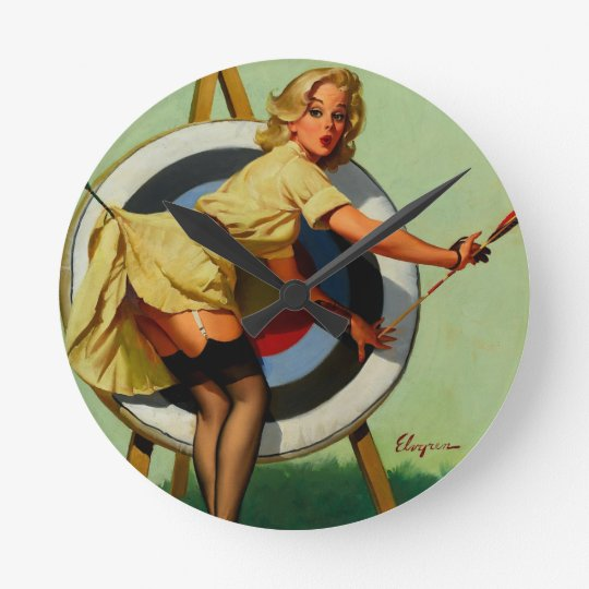 horloge ronde fille vintage de pin up de tir l 39 arc de cible. Black Bedroom Furniture Sets. Home Design Ideas