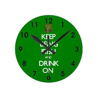 Horloge Ronde Gardez être le jour de St Patrick d'Irlandais