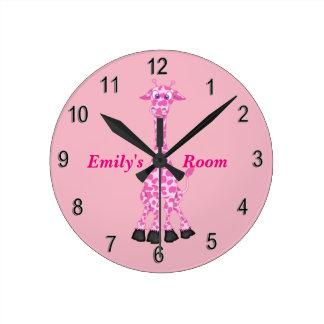 Horloge Ronde Girafe rose mignonne de l'horloge de l'enfant