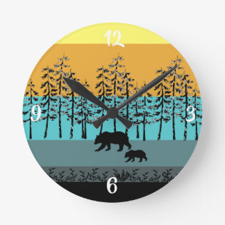 Horloge Ronde Graphiques frais d'ours de maman de paysage de