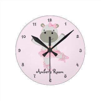 Horloge Ronde La chambre à coucher de la fille de ballerine de