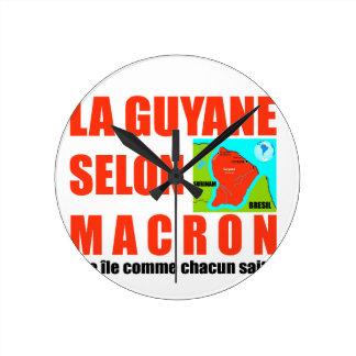 Horloge Ronde La Guyane selon Macron est une île
