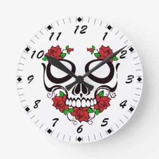 Horloge Ronde Le rouge lumineux fleurit le crâne vert de sucre