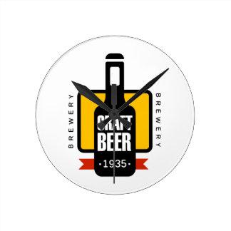 Horloge Ronde Modèle de conception de logo de bière de métier