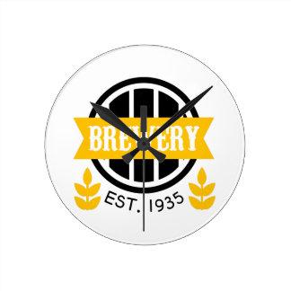 Horloge Ronde Modèle de conception de logo de brasserie