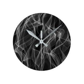 Horloge Ronde Motif abstrait noir et blanc à la mode moderne