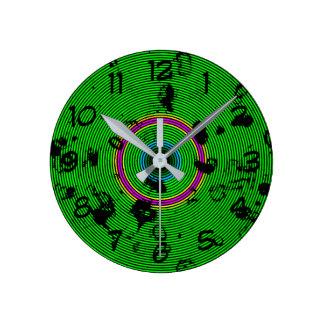 Horloge Ronde Motif circulaire d'abrégé sur vert