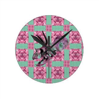 Horloge Ronde Motif géométrique de crâne rose de dinosaure