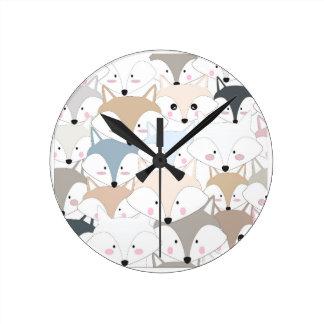 Horloge Ronde Motif mignon de renard ou de loup de bande