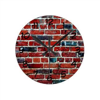 Horloge Ronde Mur de briques rustique