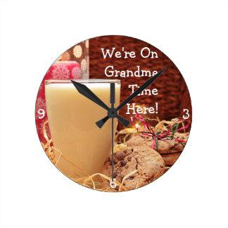 """Horloge Ronde """"Nous sommes le temps de grand-maman ici"""" et les"""