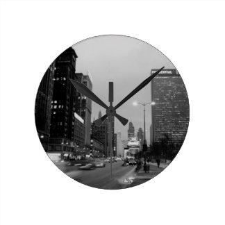 Horloge Ronde Nuit d'avenue de Chicago Michigan @ le 6 mars 1967