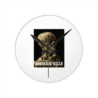 Horloge Ronde os de tabagisme de mises à mort