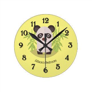 Horloge Ronde Ours panda mignon parmi le bambou